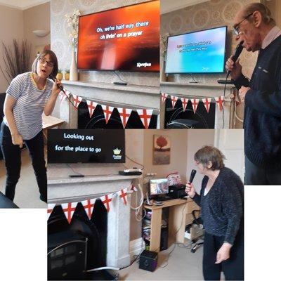 Residents tune in for Karaoke